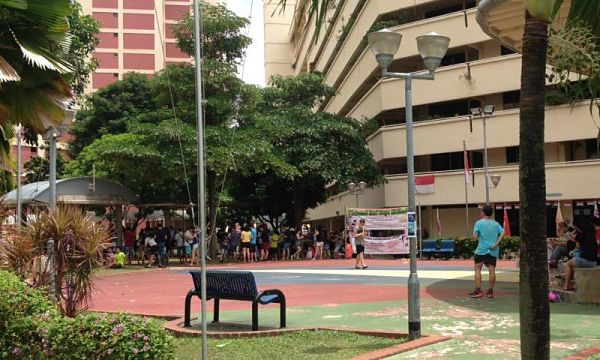 Photo of avid Pokemon GO gamers in Hougang